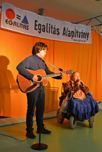 Miklósné Szalai Veronika és kísérője Eperjesi Bálint